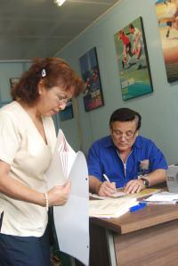 Dr. Alfredo Ramirez y la Técnica Anita Marchena