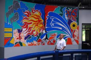 Pintor Sigifredo y su Mural