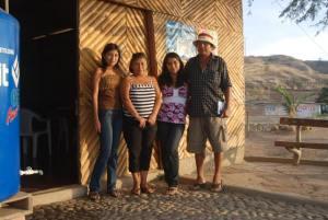 Antenor, Angélica y familia