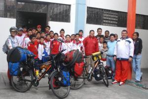 jóvenes deportistas de Ibarra