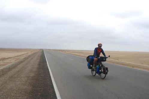 Pedal en el desierto