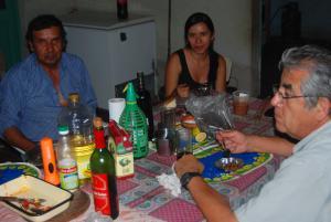 Don Antuco su hija Rocio y don Miguel Angel