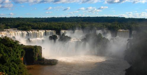 Cataratas de Iguazú... el correr de las aguas