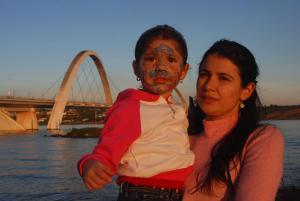 Carolina Fernández y su hija Valentina