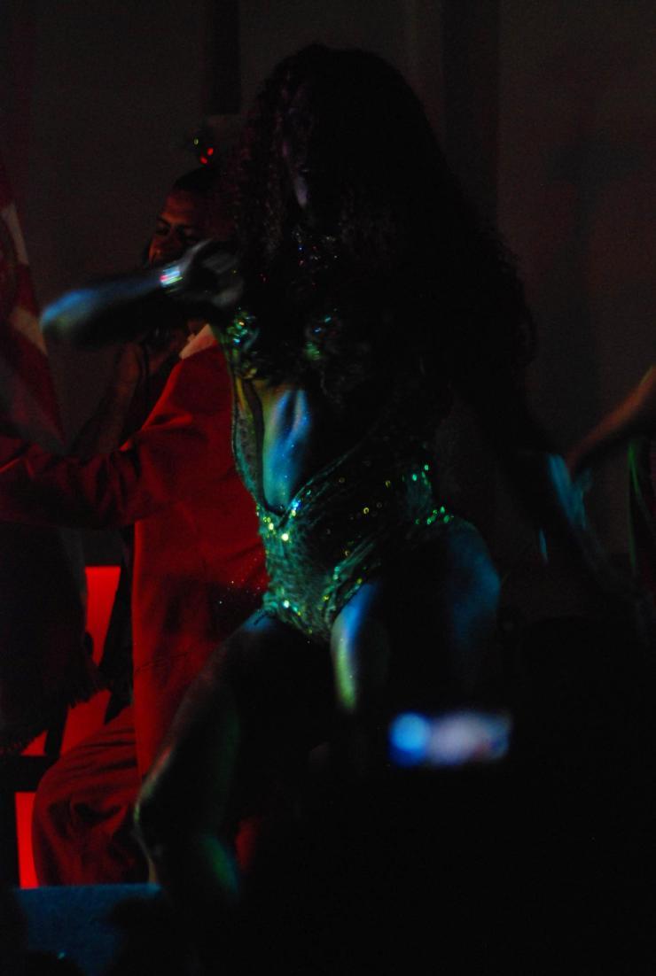 un cuerpo hecho samba