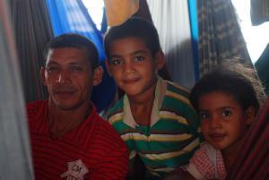 Raimundo y sus hijos Leandro y Ana Carolina