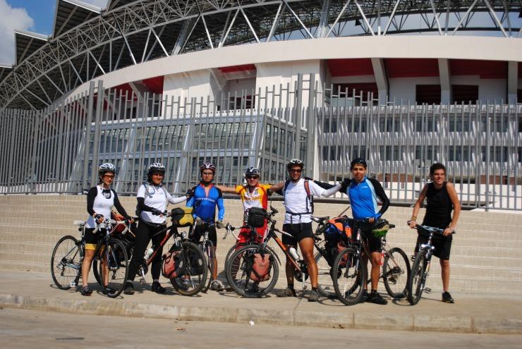 frente al nuevo Estadio Nacional de Costa Rica
